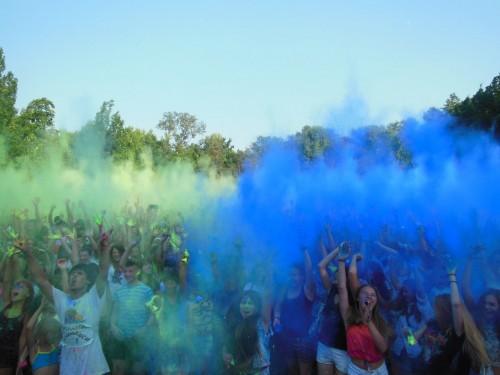 Фестиваль красок в Запорожье - Холи